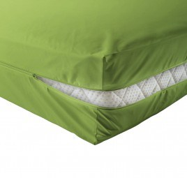 unversteppter Matratzenbezug in apfelgrün