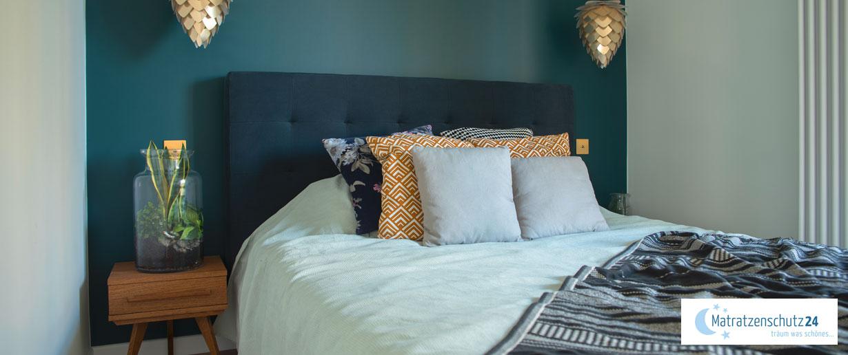 kleines Schlafzimmer geschickt vergrößert