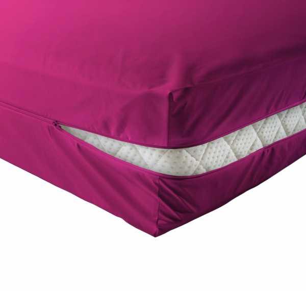 unversteppter Matratzenbezug in pink