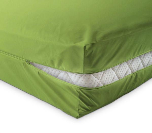 unversteppter Matratzenbezug in grün apfelgrün aus Baumwolle Matratzenschutz24 by PROCAVE