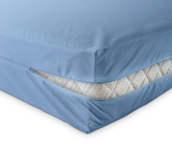 unversteppter Matratzenbezug in hellblau aus Baumwolle Matratzenschutz24 by PROCAVE