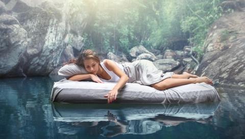 Vor- und Nachteile eines Wasserbetts
