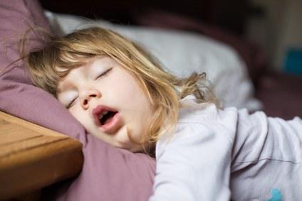 Kind-schlafend-2