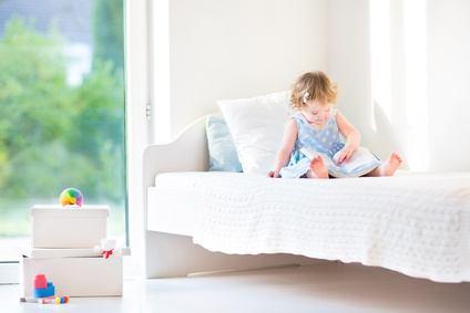 normales bett f r kinder ab wann. Black Bedroom Furniture Sets. Home Design Ideas