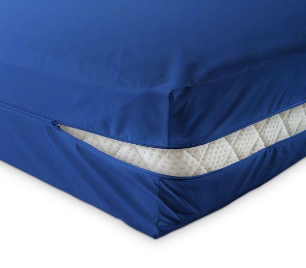 unversteppter Matratzenbezug in blau aus Baumwolle Matratzenschutz24 by PROCAVE